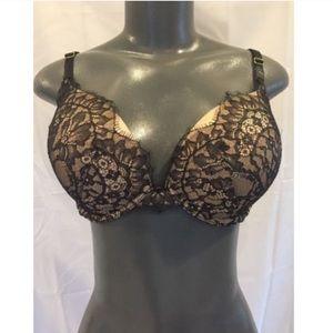 Victoria's Secret Push Up Black Lace Bra 32F(3D)